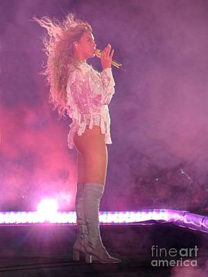 Beyonce Knowles Photograph - Beyonce Performing by John Malone