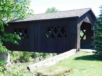 Photograph - Bicentennial Park Covered Bridge by Catherine Gagne
