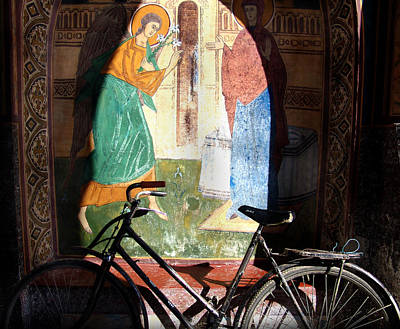 Bicycle And Mural Art Print by Todd Fox