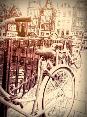Digital Art - Bicyclettes D'amsterdam by Susan Lafleur