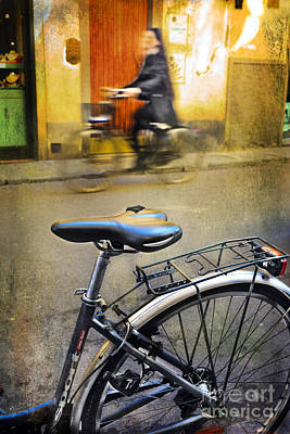 Photograph - Bicylce Seat by Craig J Satterlee