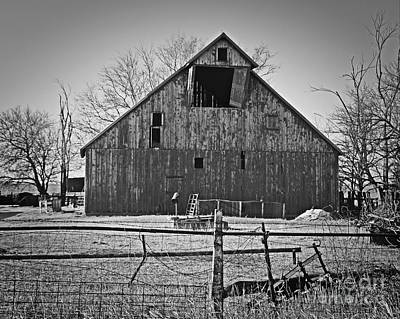 Photograph - Big Barn With Overhang by Kathy M Krause
