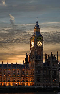 Martin Howard Photograph - Big Ben At Dusk by Martin Howard