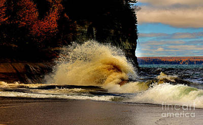 Photograph - Big Curl by Matthew Winn