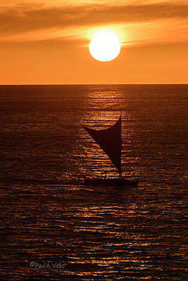 Photograph - Big Island Sunset by Paul Vitko