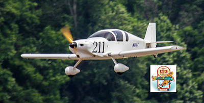 Photograph - Big Muddy Air Race Number 211 by Jeff Kurtz