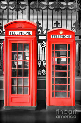Red Phone Box Photograph - Big 'n' Small by Rod McLean