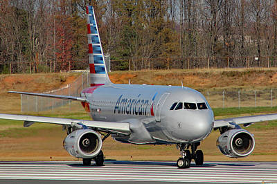 Photograph - Big Ole Jet Airliner Crop 3072 by Joseph C Hinson Photography
