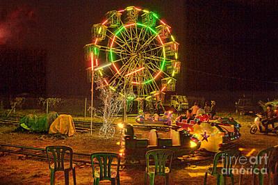 Photograph - Big Wheel by Rick Bragan