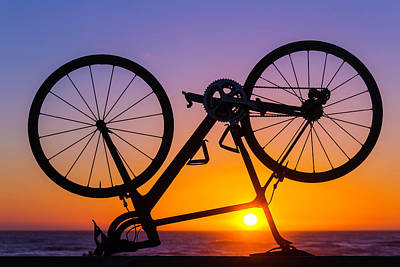Handlebar Photograph - Bike On Seawall by Garry Gay