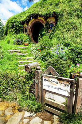Photograph - Bilbo's Hobbit Hole by Kathryn McBride