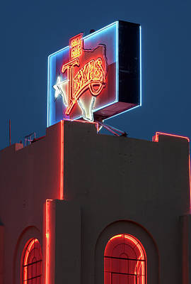 Photograph - Billy Bobs Texas 6817 by Rospotte Photography