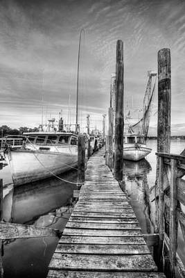 Photograph - Billy's Seafood Black And White by JC Findley