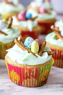 Achieving - Bird Nest Cupcakes by Linda Joyce
