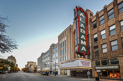 Photograph - Birmingham Theater In Birmingham Alabama Horizontal by Michael Thomas