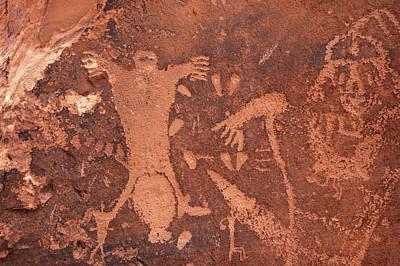 Photograph - Birthing Scene Petroglyph by Steve Stuller