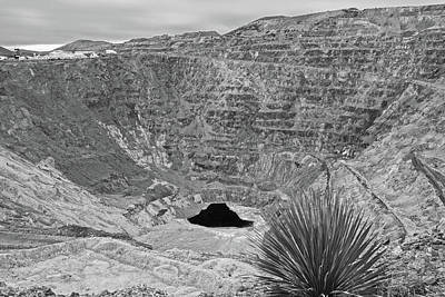 Photograph - Bisbee Arizona Velvet Pit Copper Mine Black And White by Toby McGuire