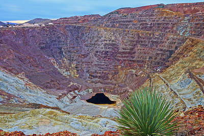 Photograph - Bisbee Arizona Velvet Pit Copper Mine by Toby McGuire