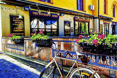 Photograph - Bishop's Arms Orebro by Rick Bragan