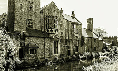 Photograph - Bishops Palace - Wells England by Lexa Harpell