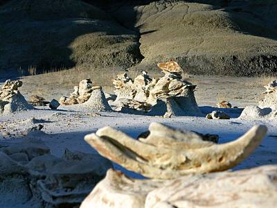 Photograph - Bisti Wilderness Area At Sunup 36 by Jeff Brunton