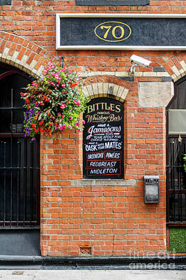 Photograph - Bittles Bar, Belfast by Jim Orr