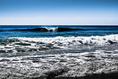 Photograph - Black And Blue Waves by Colleen Kammerer