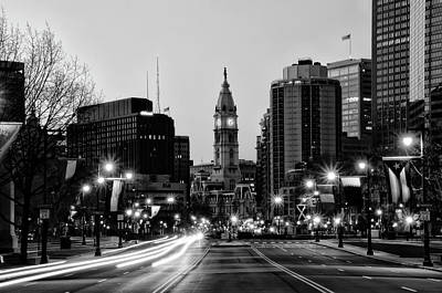 Photograph - Black And White - Benjamin Feanklin Parkway - Philadelphia by Bill Cannon