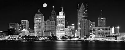 Lions And Tigers Photograph - Black And White Detroit Night by Frozen in Time Fine Art Photography