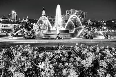 Photograph - Black And White J.c. Nichols Memorial Fountain - Kansas City by Gregory Ballos
