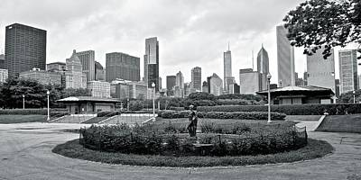 Amy Weiss - Black and White Pano from the Fountain by Frozen in Time Fine Art Photography