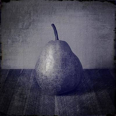 Photograph - Black And White Pear by Michelle Calkins