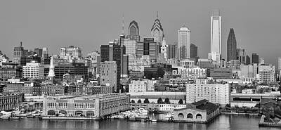 Phillies Digital Art - Black And White Philadelphia - Delaware River by Bill Cannon