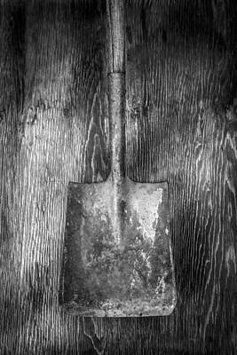 Photograph - Square Point Shovel 1 by YoPedro