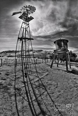 Photograph - Black Diamond Mines Windmill by Blake Richards