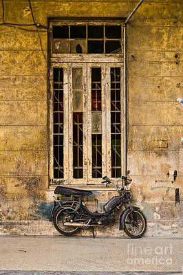 Photograph - Black Moped by Les Palenik
