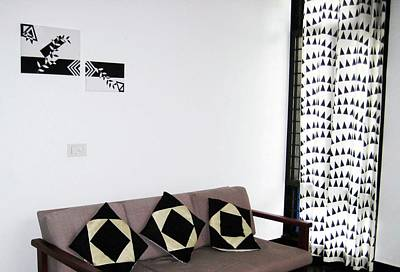 Painting - Black Vs White - Displayed by Farah Faizal