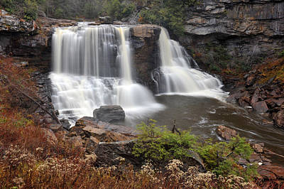 Blackwater Falls Art Print by Dung Ma