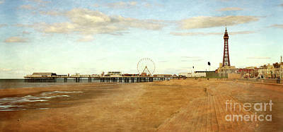 Photograph - Blackpool by Linsey Williams