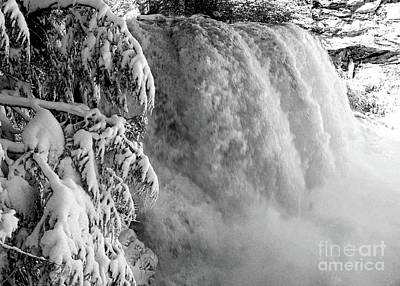 Photograph - Blackwater Falls In The Snow 7776a_bw  by Doug Berry