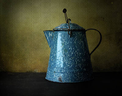 Photograph - Blue Enamelware Coffee Pot by David and Carol Kelly