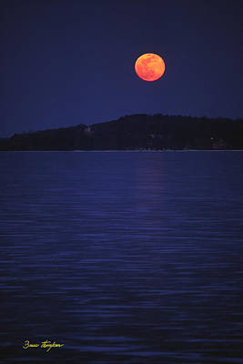 Photograph - Blood Moon - Black Point - Lake Geneva Wisconsin by Bruce Thompson