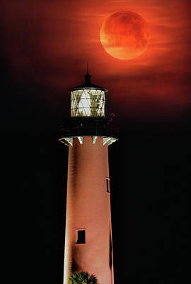 Blood Moon Rising Over Jupiter Lighthouse In Florida Art Print