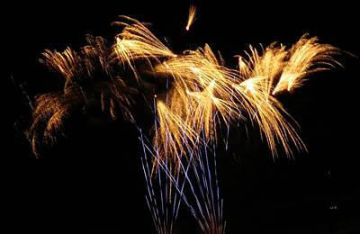 Photograph - Blue And Gold Firework Show by Kyle J West