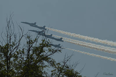 Photograph - Blue Angels 12 by Gordon Mooneyhan