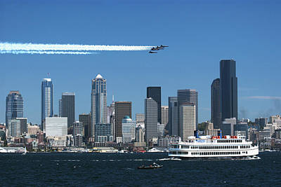 Blue Angels Over Seattle D028 Art Print by Yoshiki Nakamura