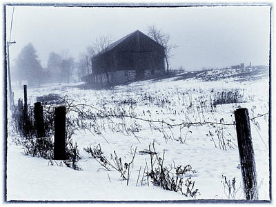 Photograph - Blue Barn by David Heilman