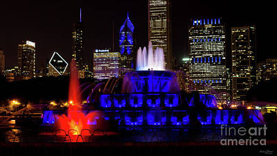 Photograph - Blue Buckingham Fountain by Jennifer White