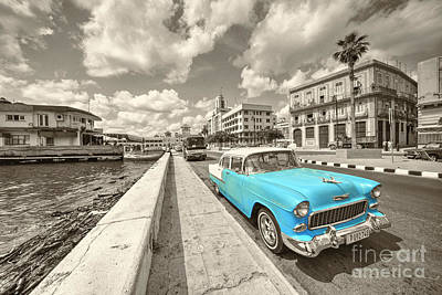 Blue Havana  Print by Rob Hawkins