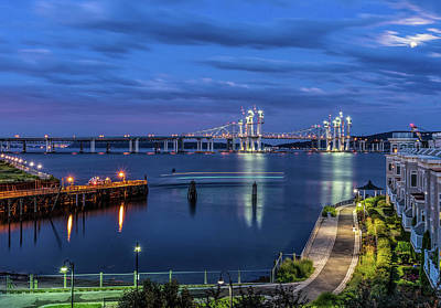 Photograph - Blue Hour Over The Hudson by Jeffrey Friedkin